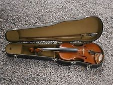 ANTIQUE VINTAGE BULGARIAN VIOLIN MUSICAL INSTRUMENT CREMONA WITH CASE AND BOW