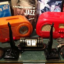 VINTAGE 30s BELMONT BULLET PAINTED BAKELITE CATALIN RADIO NEWLY REBUILT 1of BEST