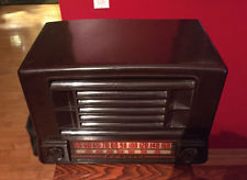 ADMIRAL CATALIN BAKELITE TUBE RADIO SERIAL # 727863-CLASSIC DESIGN-WORKS GREAT!