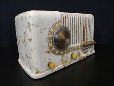 VINTAGE 1940s SILVERTONE ART DECO SWIRLED CATALIN COLORS OLD BAKELITE RADIO