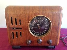 Old Antique Wood Zenith Vintage Tube Radio Working Black Dial Cube 5S218
