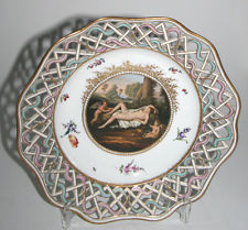 OUTSTANDING MEISSEN CHINA CHARGER PLATE , c.1800