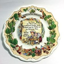 Royal Doulton BRAMBLY HEDGE Honey and Nut Biscuits Recipe Bona China Plate - New