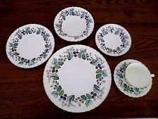 VTG ROYAL WORCESTER Bone China White LAVINIA 68-pc SET SERVICE for 12