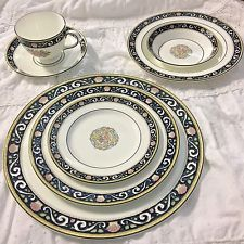 Vintage Wedgwood Blue Runnymede 90 Pc China Dinnerware OUTSTANDING!!!!