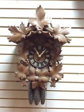 1900 to 1920s Large Antique Black Forest Cuckoo Clock Quail in Working Condition